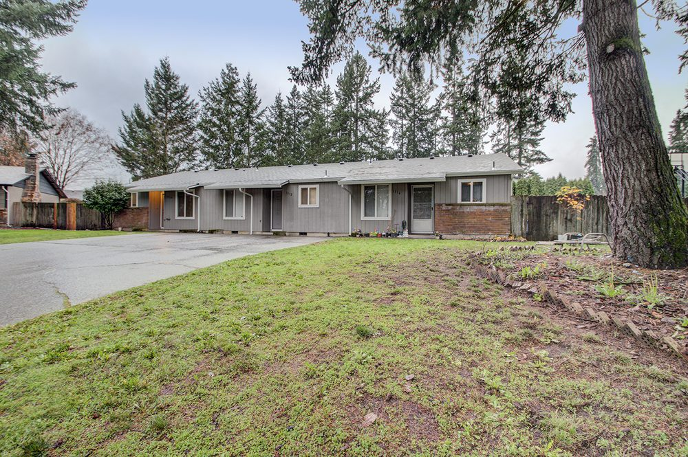 Tesha Perry - Premiere Property Group: 802 SE 14th Ave, Battle Ground, WA