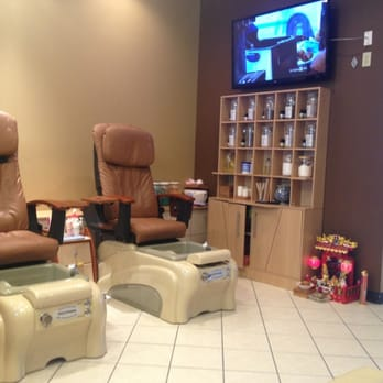 Photo Of Phancy Salon   Brookfield, WI, United States. Comfy Chairs For  Pedicures