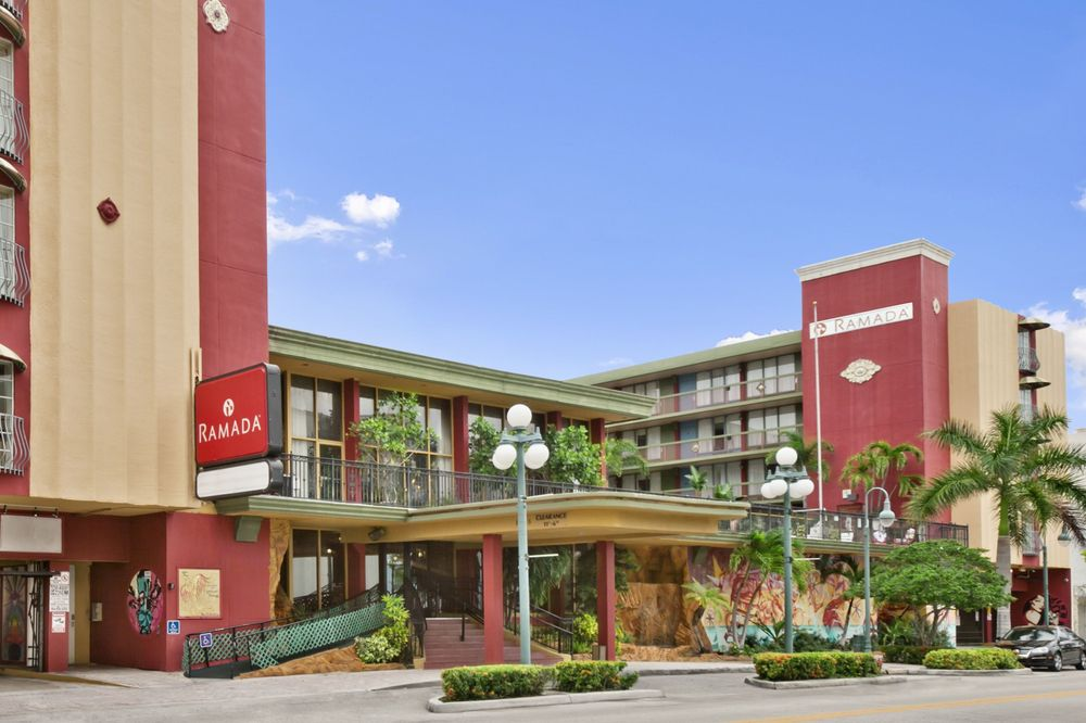 Ramada By Wyndham Hollywood Downtown 67 Photos 45 Reviews Hotels 1925 Harrison St Fl Phone Number Yelp