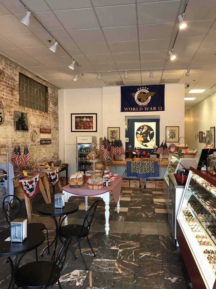 The Bonbonnier: 913 W 21st St, Norfolk, VA