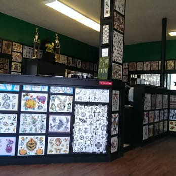 Shamrock tattoo company 79 photos 20 reviews tattoo for Tattoo shops in hartford ct
