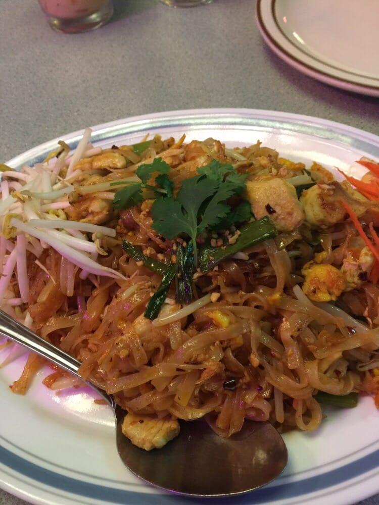 Tipps Thai Food Ventura