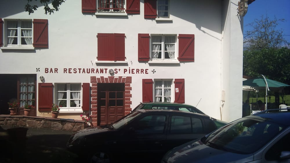 Chez st pierre basque route du pas de roland itxassou for Restaurant itxassou
