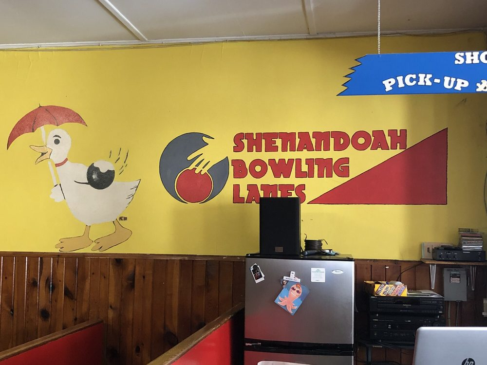 Shenandoah Bowling Lanes: 5904 Main St, Mount Jackson, VA