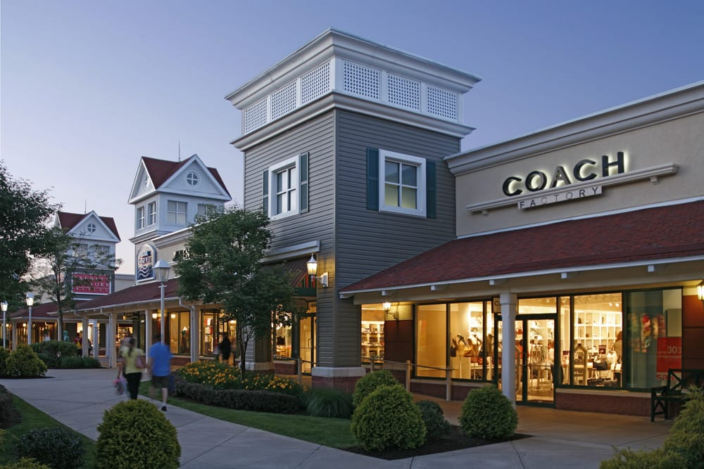 Restaurants Near Clinton Ct Outlets