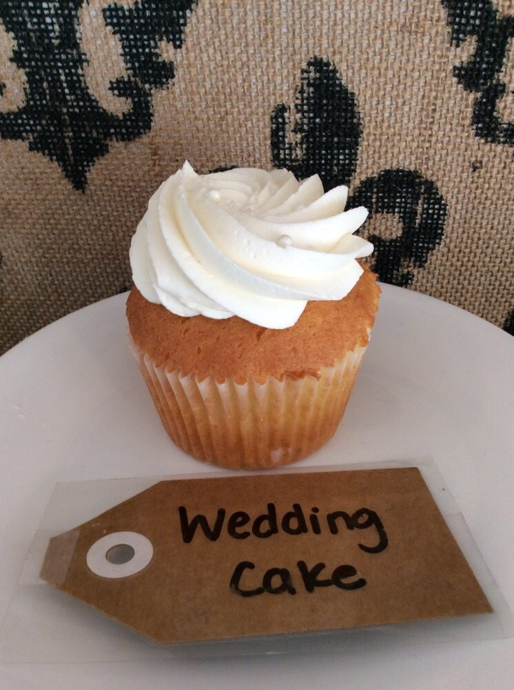 Sweet & Simple Cupcakes & Cakes: 209 Freret St, Morgan City, LA
