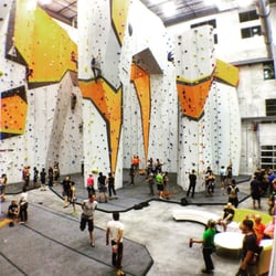 First Ascent Climbing & Fitness - 40 Photos & 55 Reviews - Yoga ...