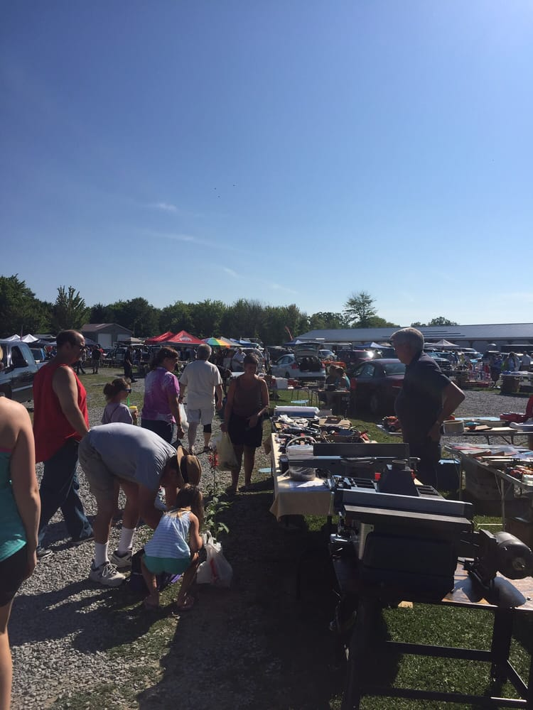 Pymatining Lake Drive-in Flea Market: 6352 Marvin Rd, Andover, OH