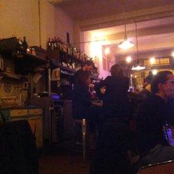 Ruggine bar vicolo alemagna 2c bologna numero di for Ruggine bologna