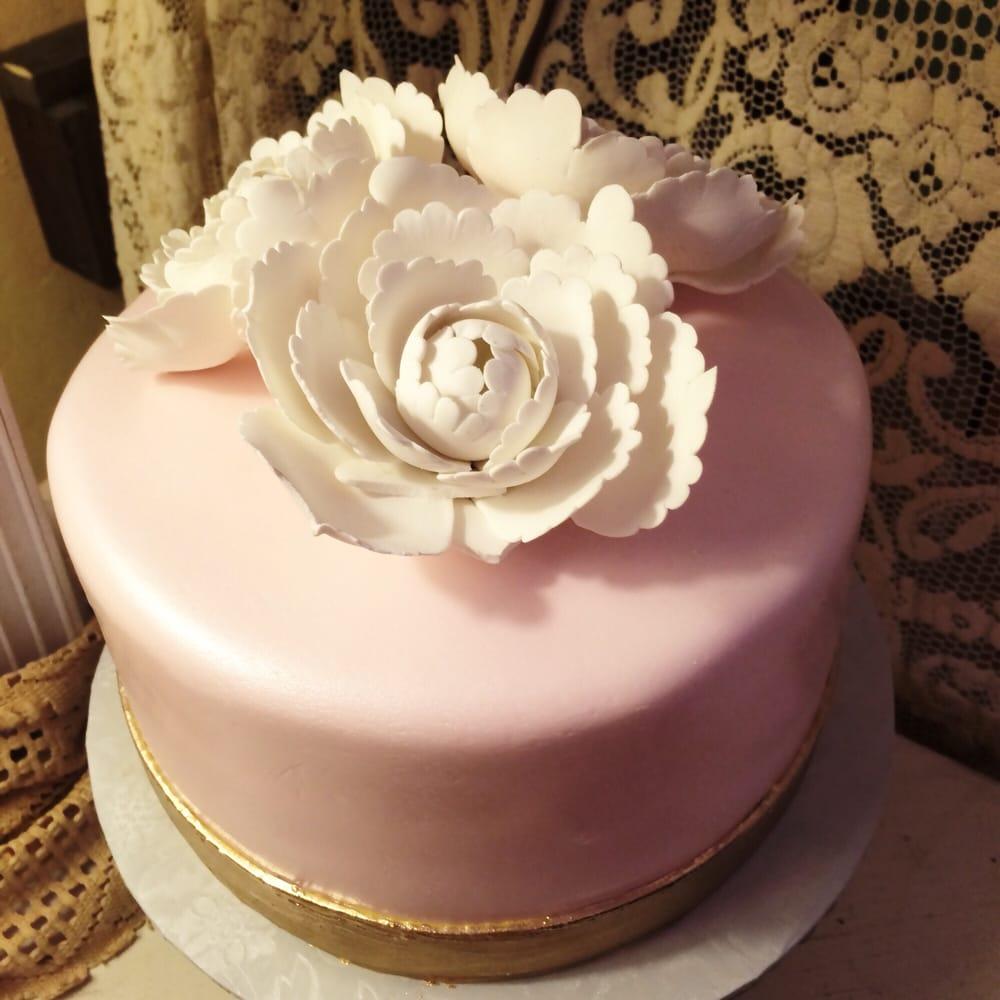 photo of the cakery burlingame ca united states bridal shower cake