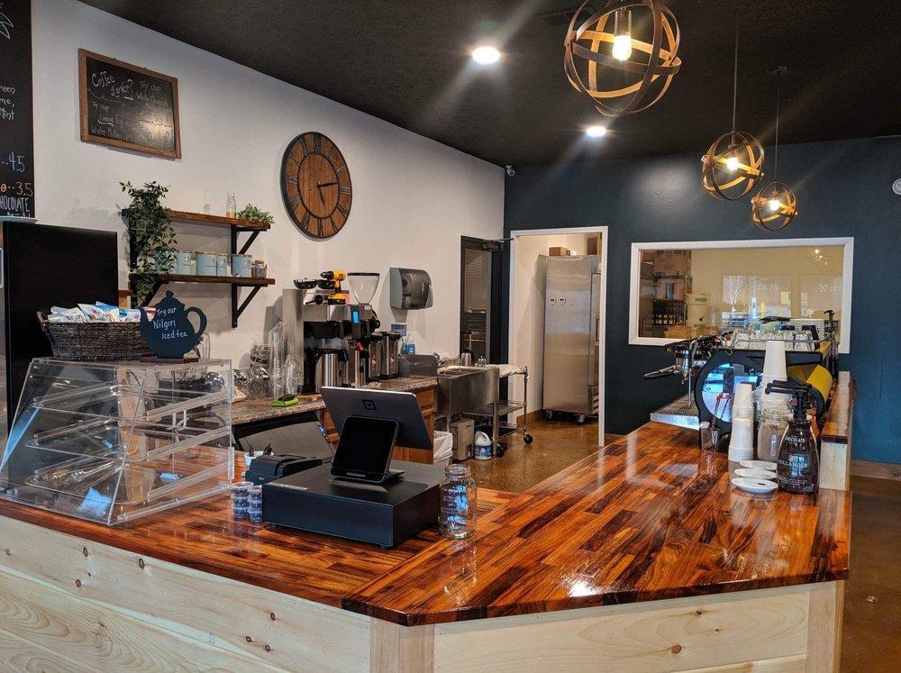 Jennings Coffee & Tea: 7937 Rhea Co Hwy, Dayton, TN