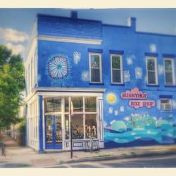 Bunnyhop Bike Shop Closed 10 Reviews Bikes 349 S
