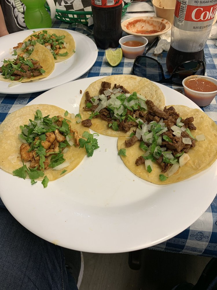 Lupes Tacos: 5900 Watermelon Rd, Northport, AL