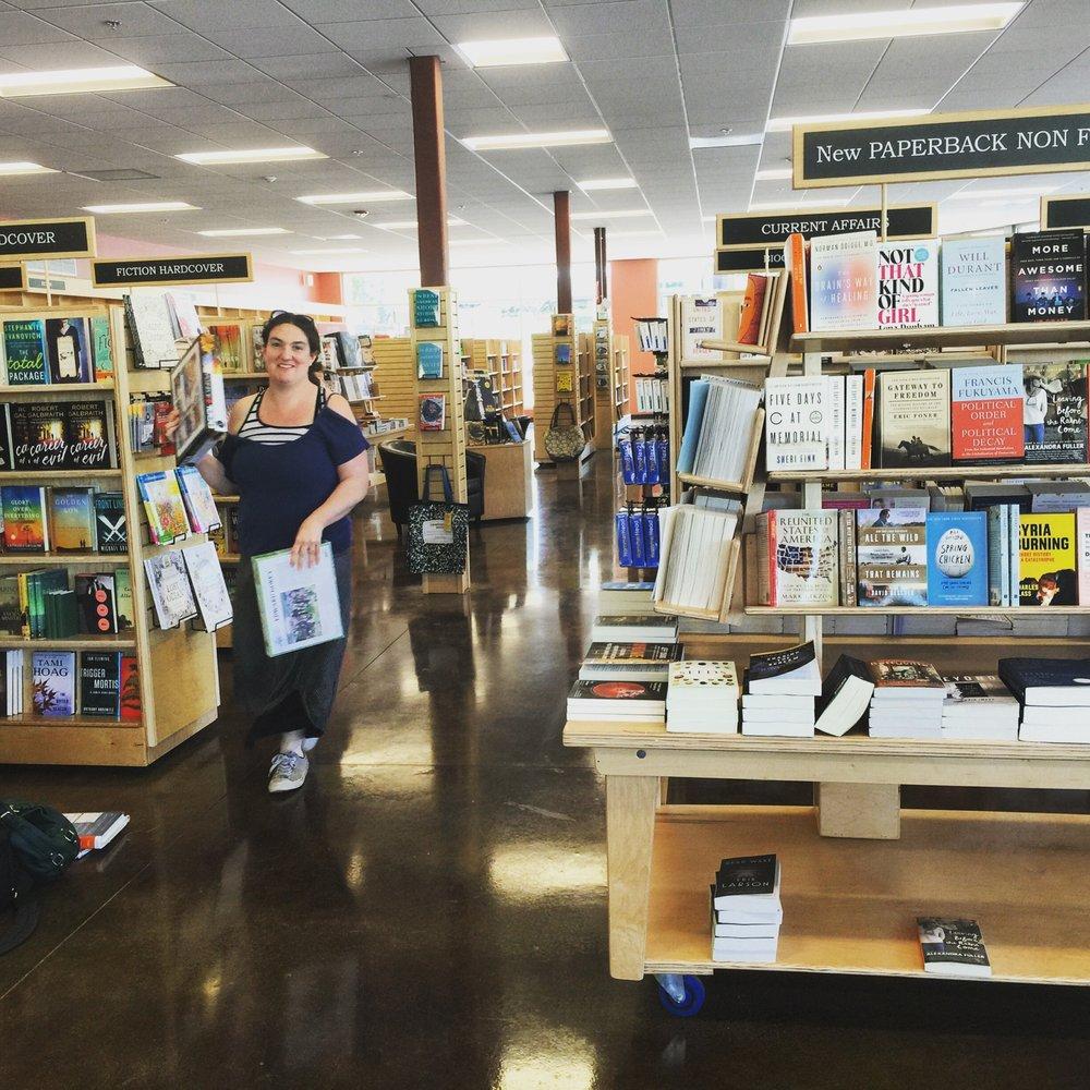 Copperfield's Books: 999 Grant Ave, Novato, CA