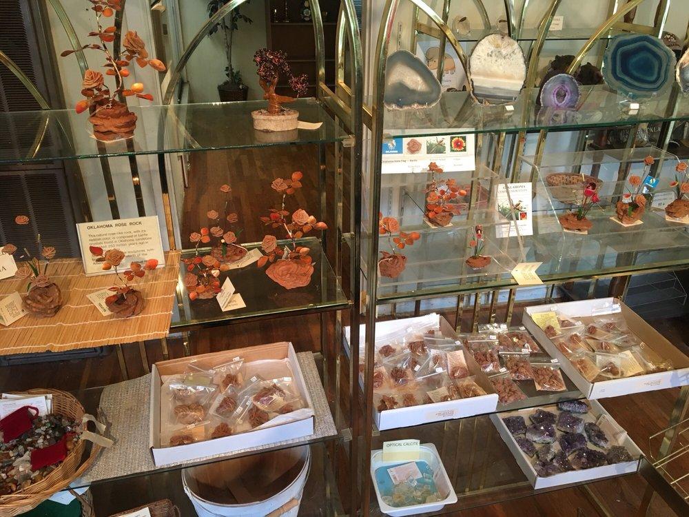Timberlake Rose Rock Gallery & Museum: 419 S Hwy 77, Noble, OK