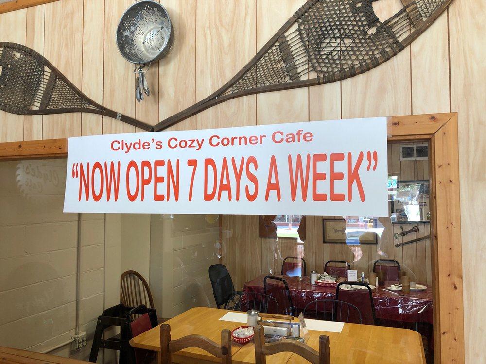 Clyde's Cozy Corner Cafe