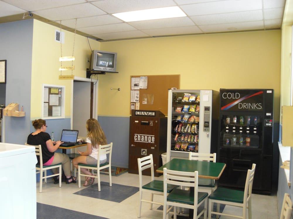 EZ Wash Laundromat: 335 Oriskany Blvd, Whitesboro, NY