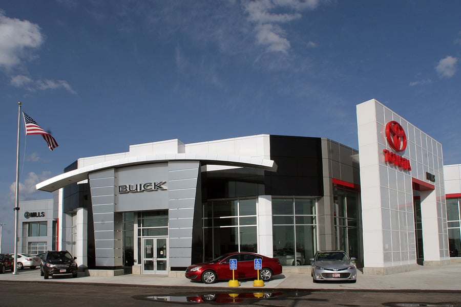 Mills Automotive Group: 14858 Dellwood Dr, Baxter, MN