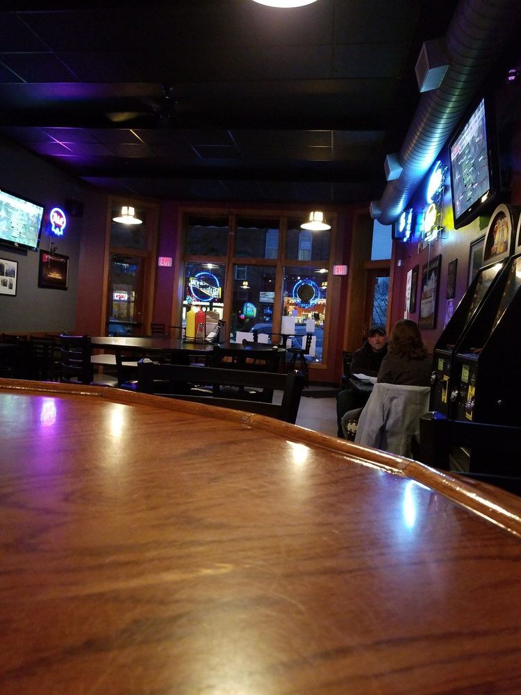 Scorz Bar and Grill: 109 1st St, Mount Vernon, IA