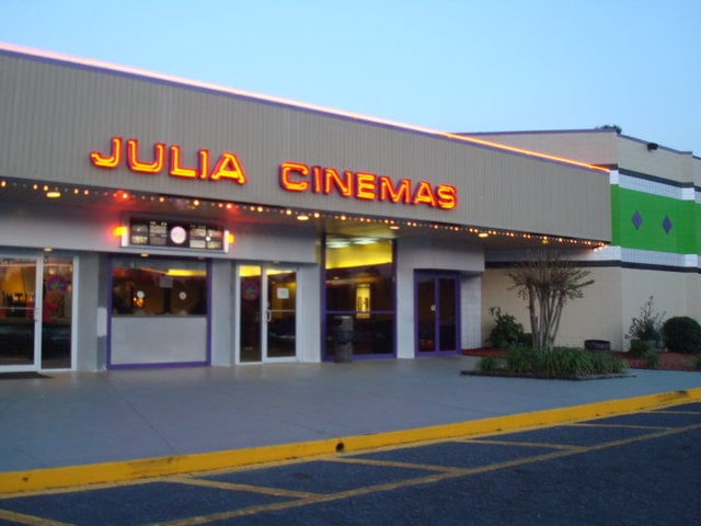 Social Spots from Julia 4 Cinema