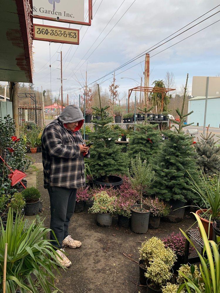 M&T Nursery And Garden: 815 Westside Hwy, Kelso, WA
