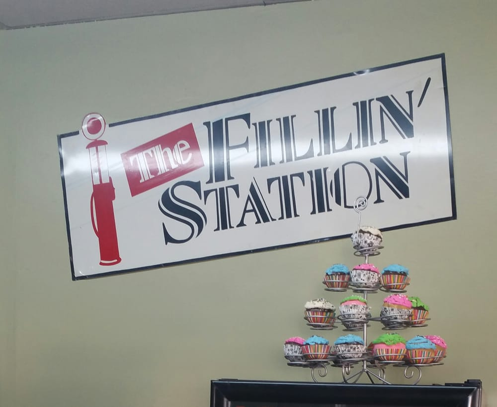 Filling Station: 303 S Main St, Henderson, TX
