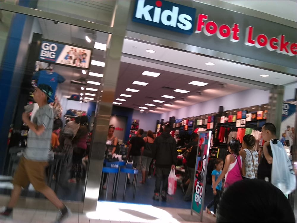 Concord Mall Shoe Stores