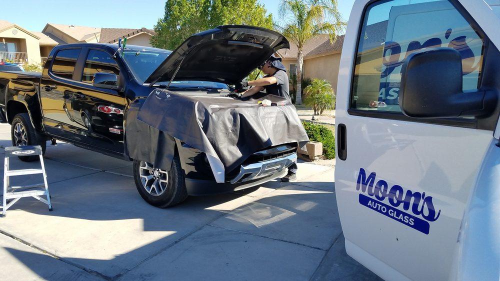 Moon's Auto Glass: 408 S Main St, Gadsden, AZ