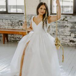 b04b4b1744f2 Top 10 Best Bridal Dress Shops in Seattle, WA - Last Updated June ...