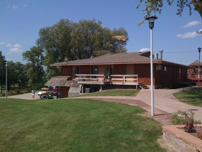 Wayne Country Club: 302 E 21st St, Wayne, NE