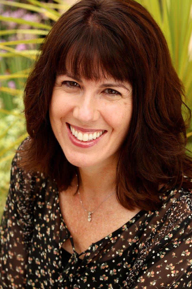 Kendra Miller, Realtor