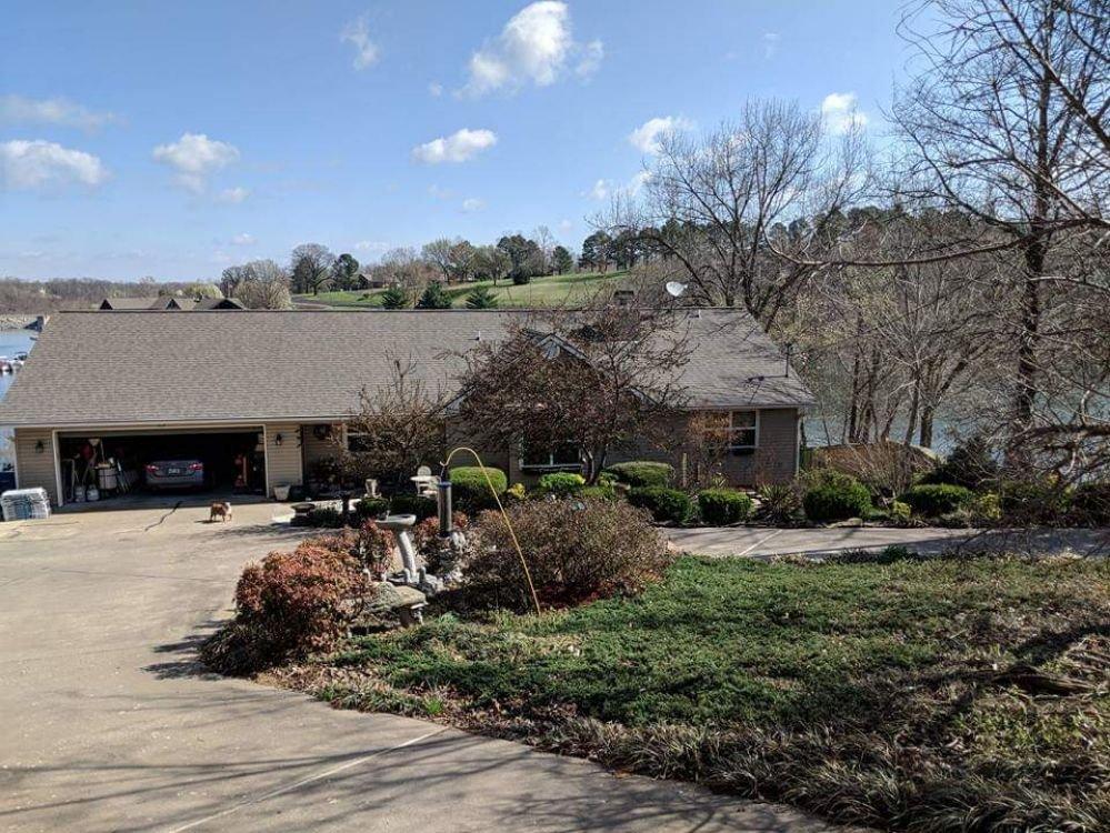 Holland Roofing: 321 W Grove St, Sulphur Springs, AR