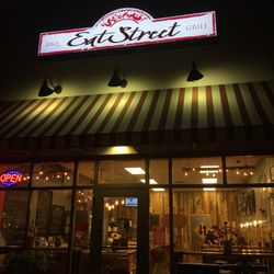Photo Of Eat Street Bbq Grill Columbus Nj United States Exterior