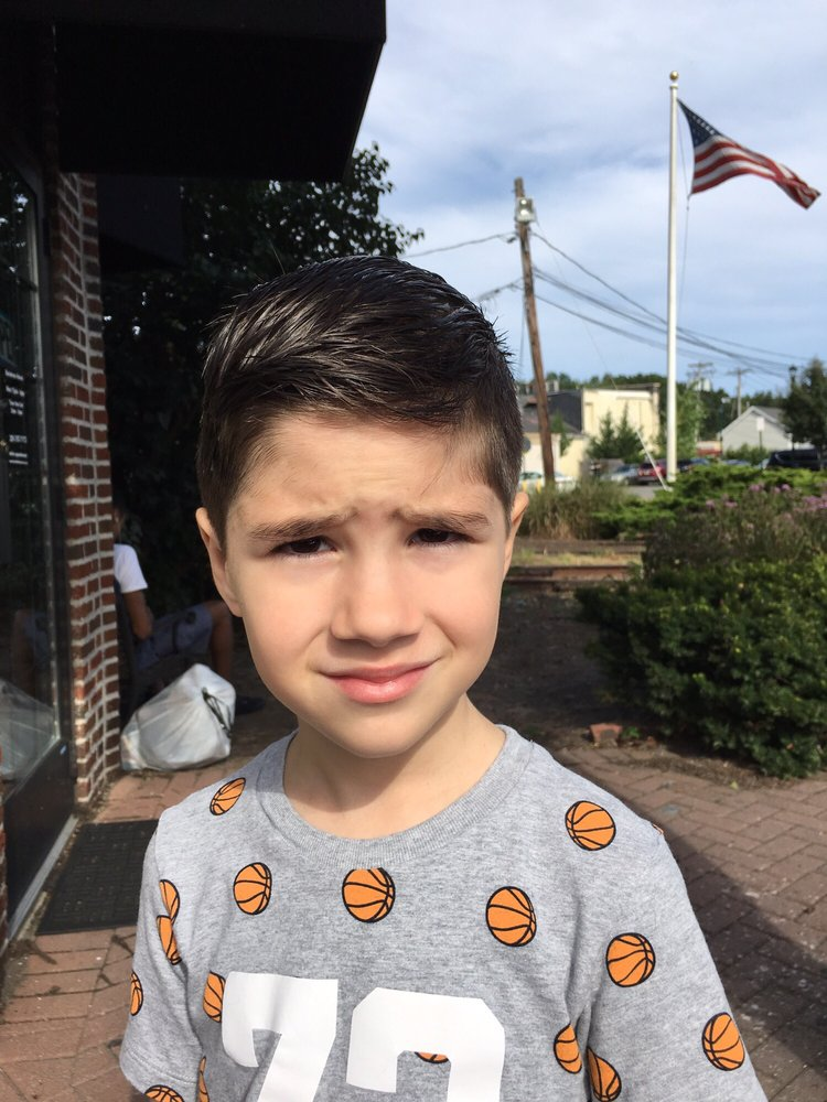 Lons Family Haircuts: 243 1/2 Closter Dock Rd, Closter, NJ