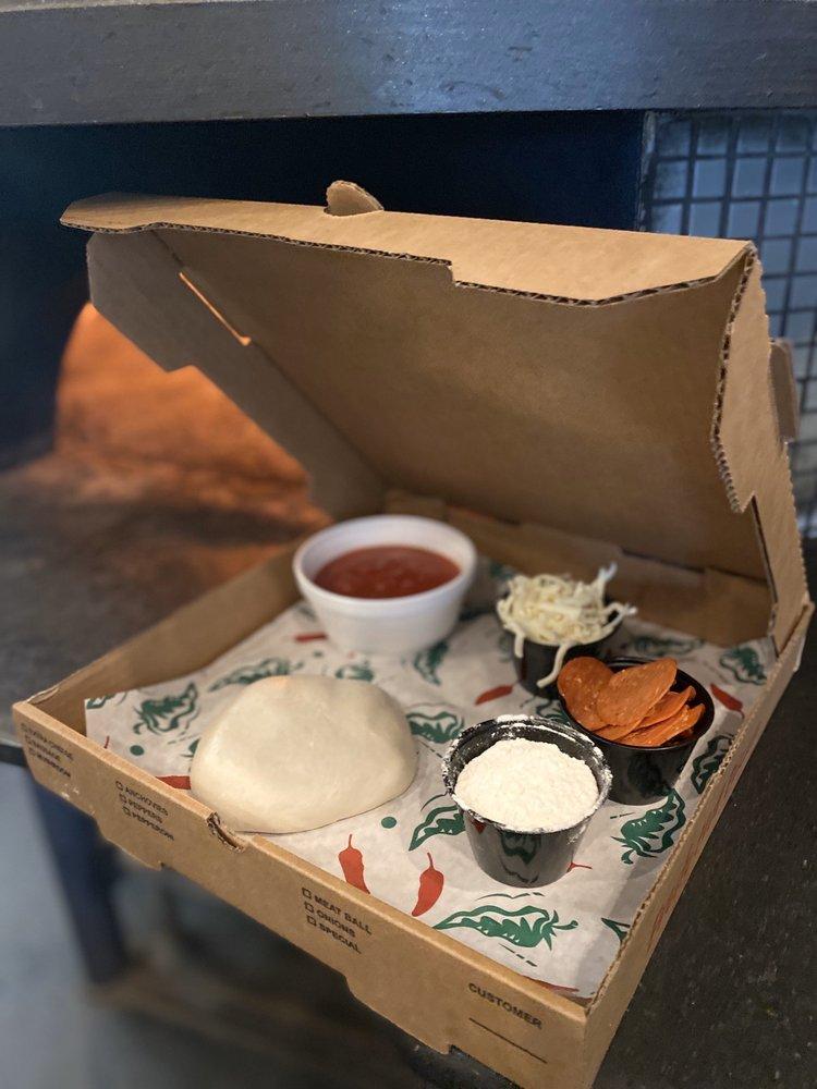 Tanglewood Pizza Company: 5539 US Hwy 158, Advance, NC