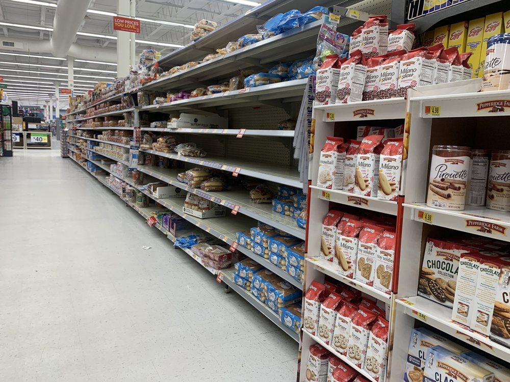 Walmart Supercenter: 937 Park Circle Dr, Brookfield, MO