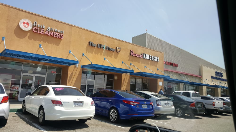 The UPS Store: 2851 West 120th St, Hawthorne, CA