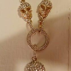 Photo Of Antique Junkie Olympia Wa United States B Johnson Necklace