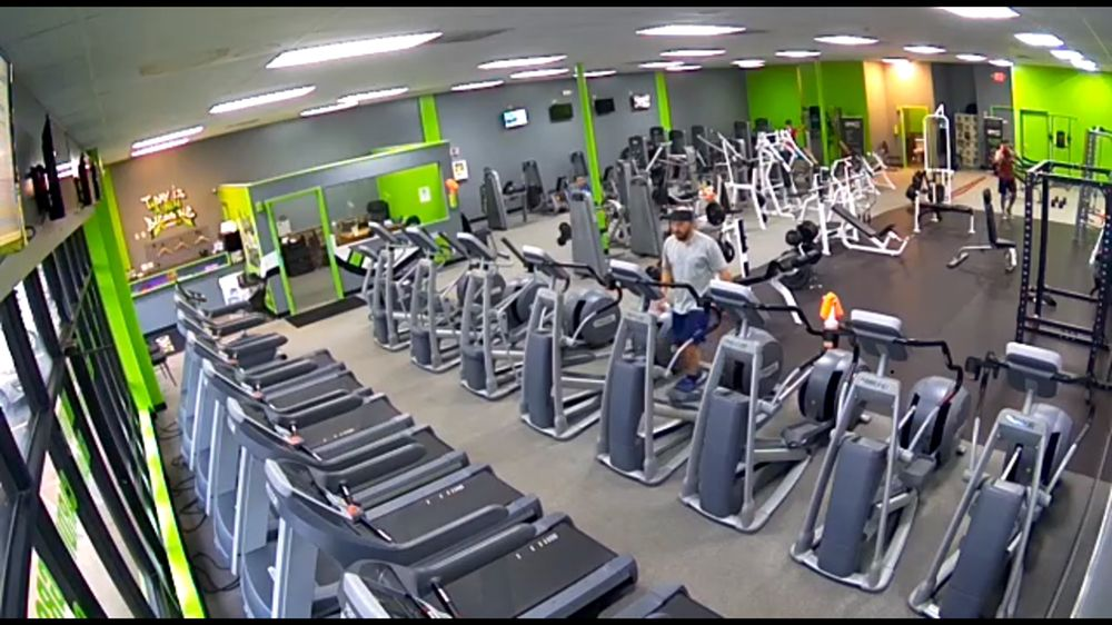 ONYX Health Club 24/7 - Mentor On The Lake: 5903 Andrews Rd, Mentor-on-the-Lake, OH