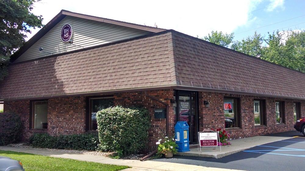 Berkshire Hathaway HomeServices: 8083 N 32nd St, Richland, MI