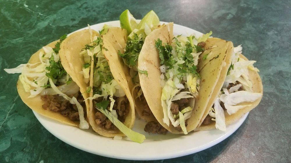 El Quetzal Restaurant & Bakery: 129 S Main St, Carthage, MO