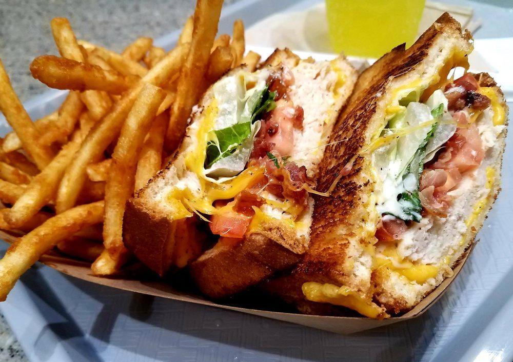 Planet Grilled Cheese - Lakeland: 3800 US Hwy 98 N, Lakeland, FL