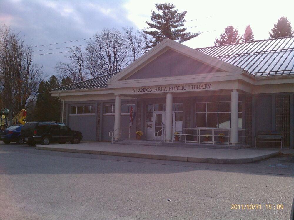 Alanson Area Public Library: 7631 S US Hwy 31, Alanson, MI