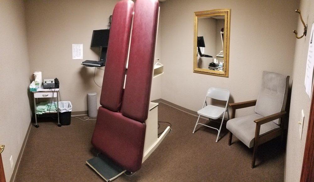 Tapper Chiropractic Clinic: 1512 Dakota Ave, South Sioux City, NE