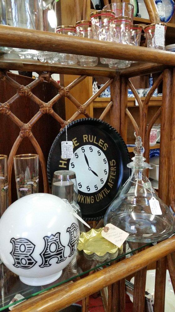 Rivertown Antiques: 1307 Merchant St, Ambridge, PA