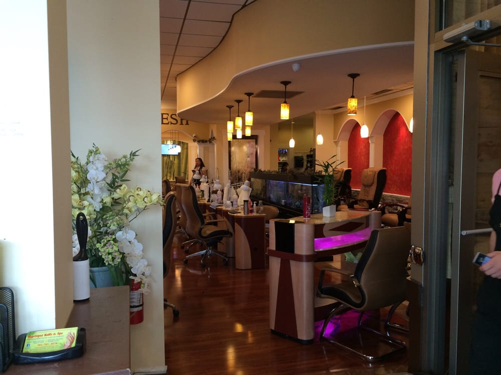 Mystique Nails And Spa Louisville