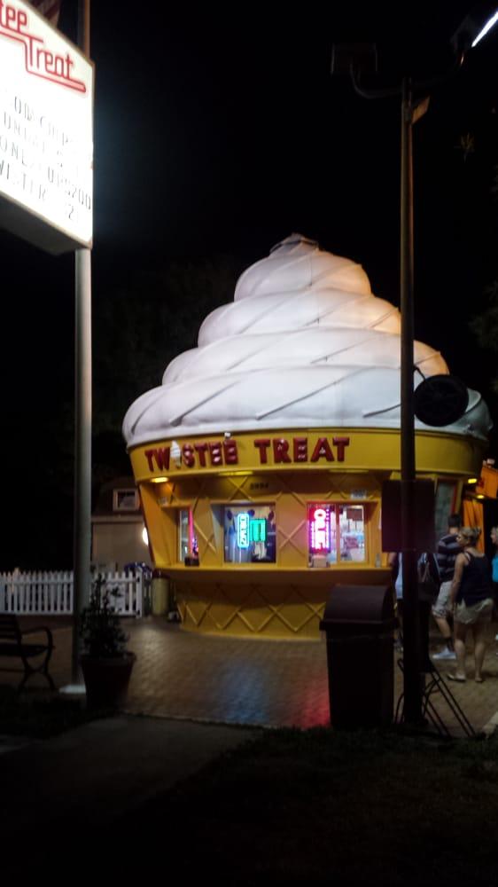 Twistee Treat: 5994 Seminole Blvd, Seminole, FL