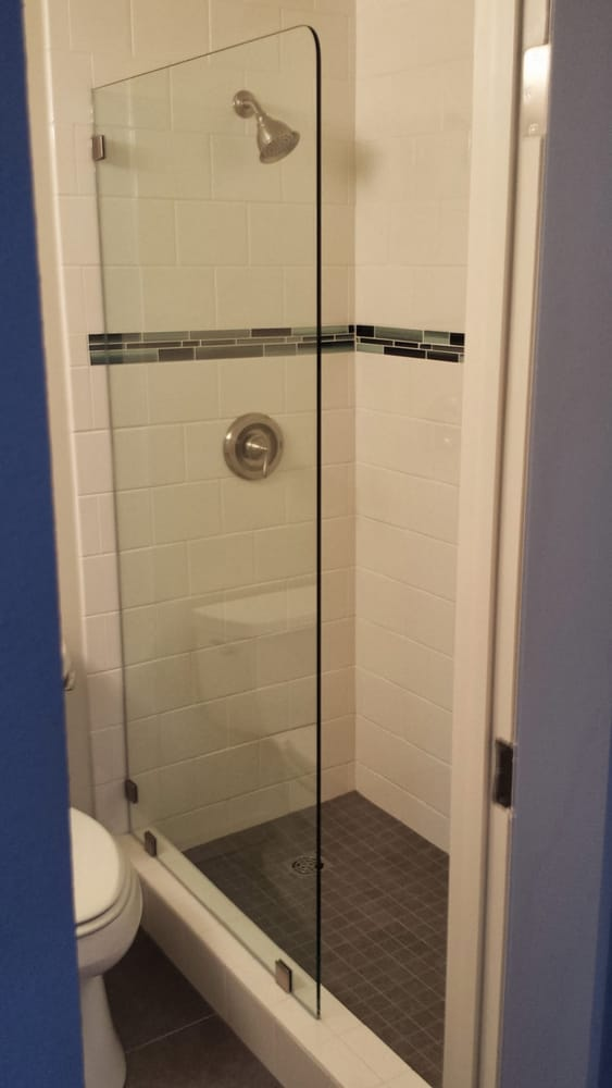 Heavy glass shower screen with radius corner. Great for open access ...