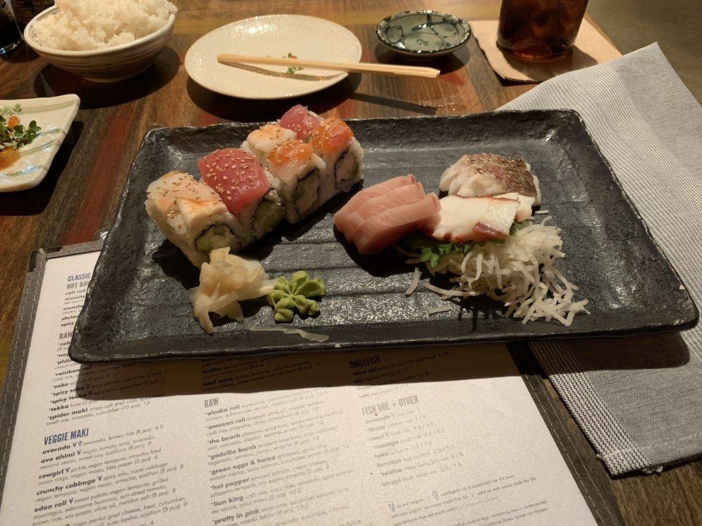 Social Spots from Blue Sushi Sake Grill