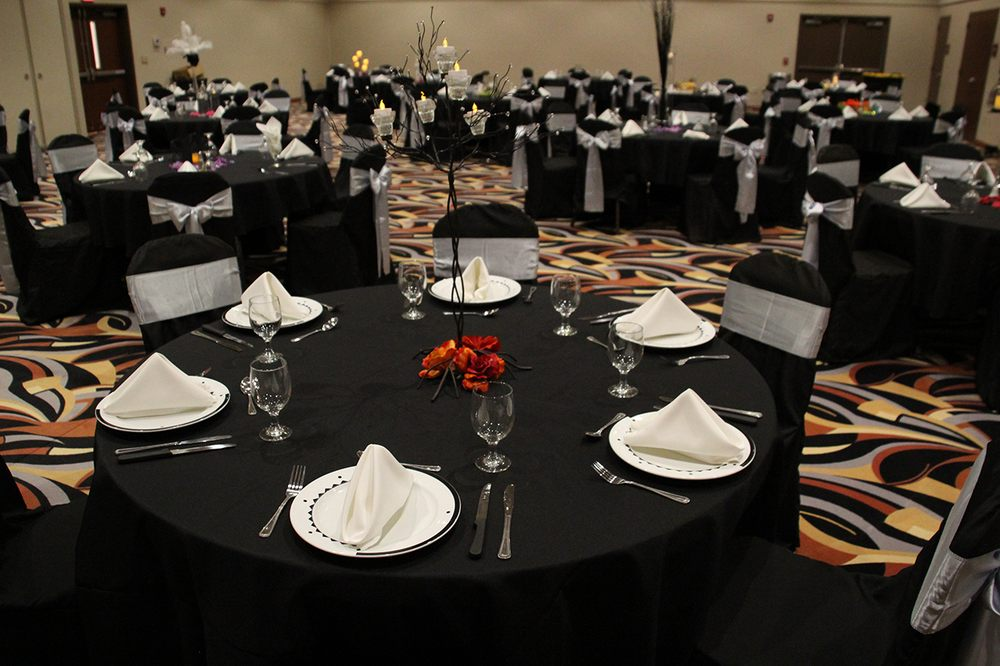WinnaVegas Casino Resort: 1500 330th St, Sloan, IA